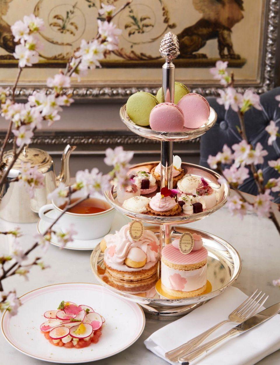 ラデュレの桜スイーツと期間限定アフタヌーンティーで、うららかな春の訪れを祝う。