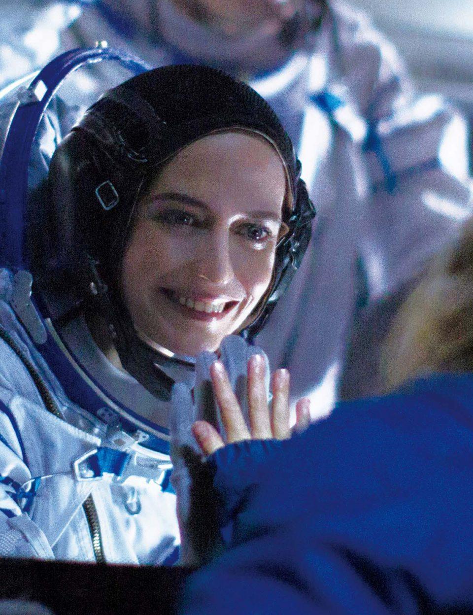 ミッションと子どもの間で葛藤する、女性宇宙飛行士の心の旅を描く『約束の宇宙』。
